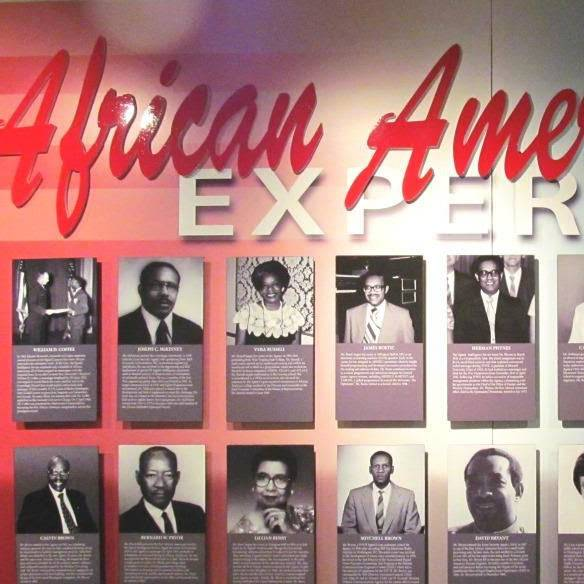 virmuze exhibit African American Experience logo main