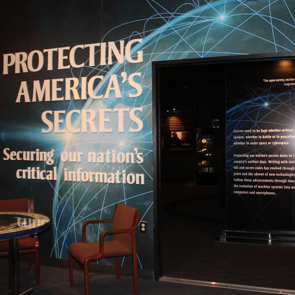 virmuze exhibit Protecting America´s Secrets logo main