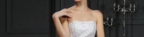 virmuze exhibit j'aimerais savoir quelle est ta robe préférée? logo main banner